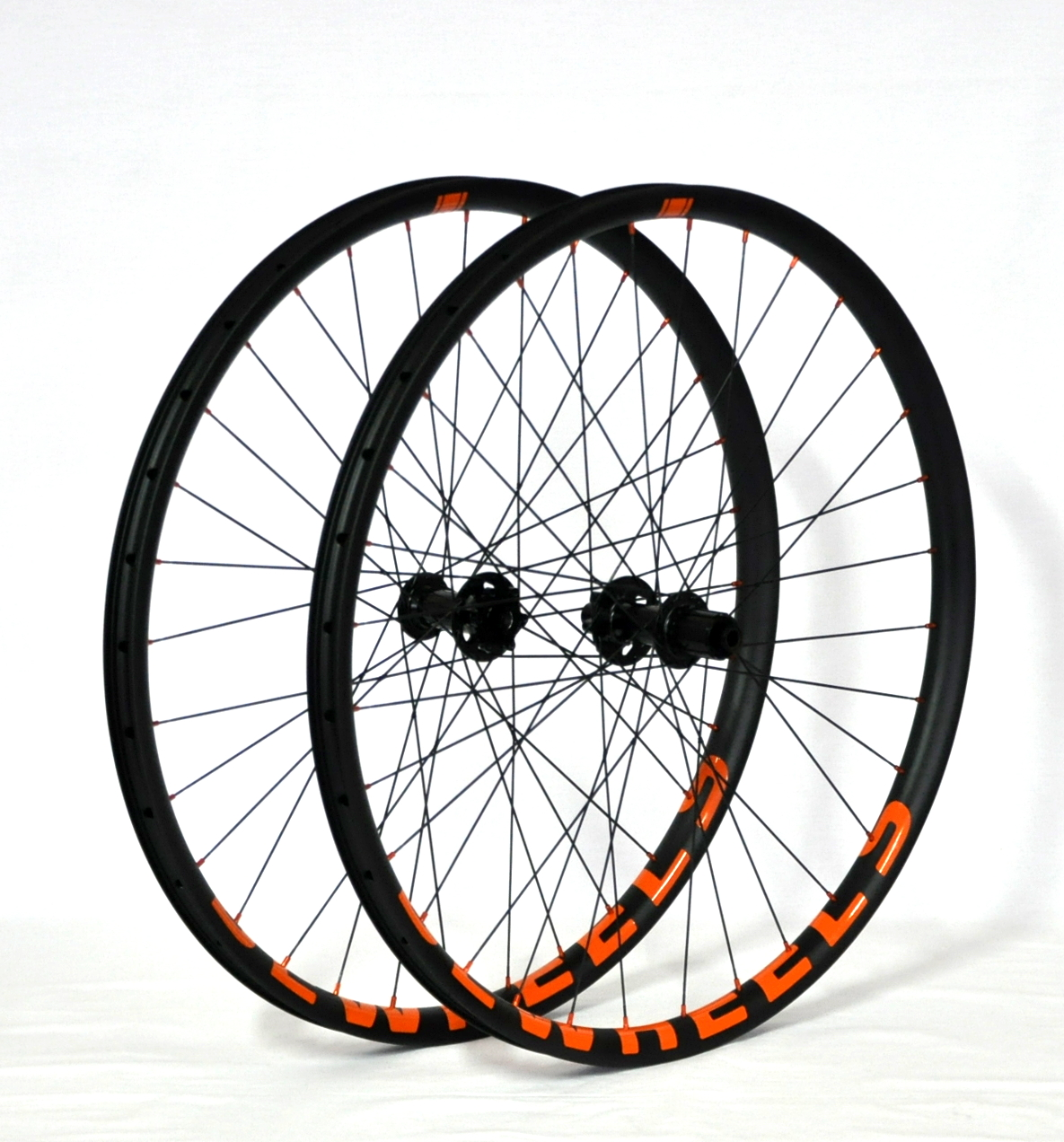 BeWheels MC24SL – Chris King ISO